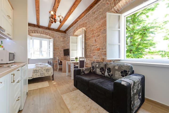 Apartments Niky,Zadar-old town