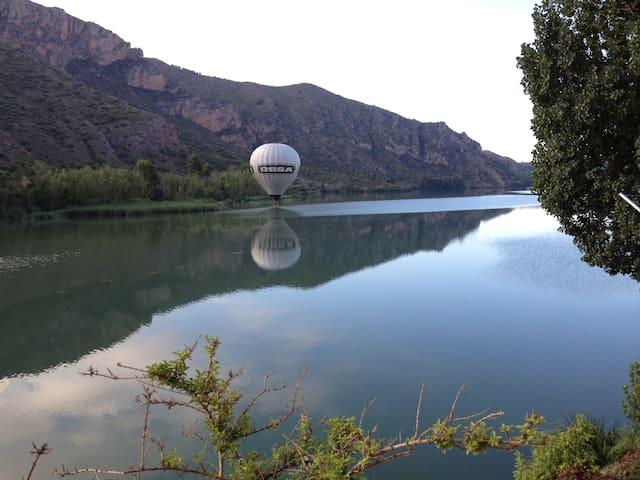 Sant Llorenç de Montgai的民宿