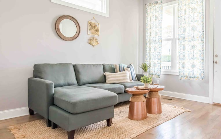 Beautiful Bungalow Close to Downtown Chattanooga