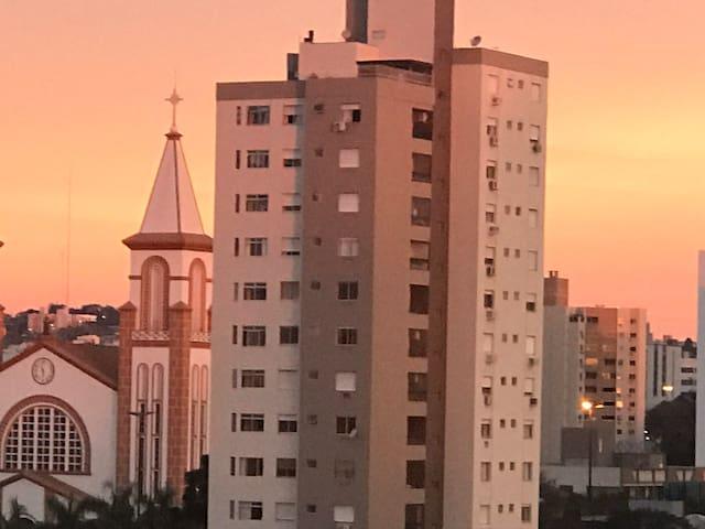 Apartamento CONFORTO no coração de Chapecó - TOP