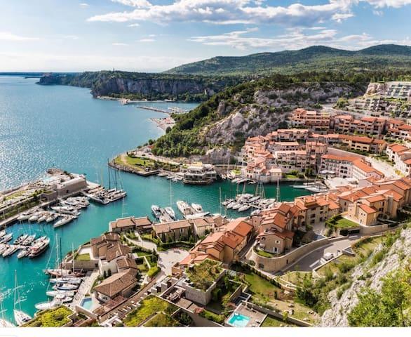 Portopiccolo Luxury Apartment with sea view