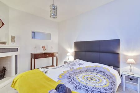 Cozy and quiet flat, 55 Sqm with aircond