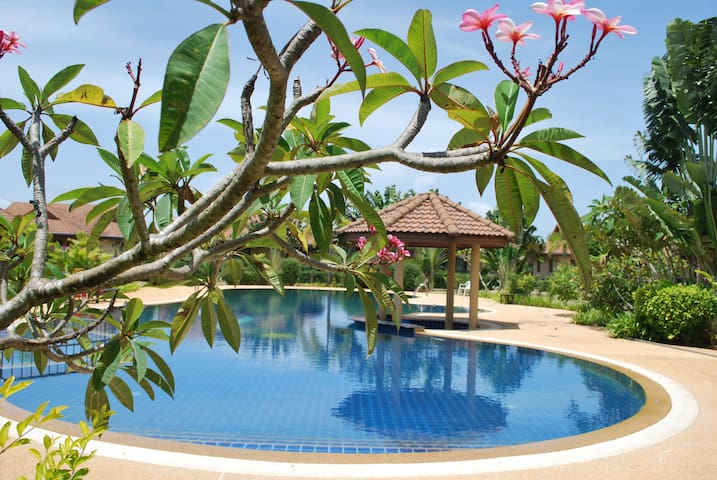 Krabi, Thailand的民宿