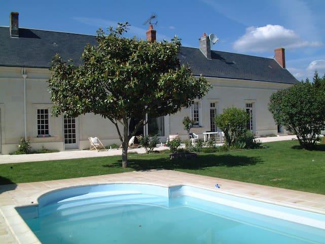 La Chapelle-sur-Loire的民宿