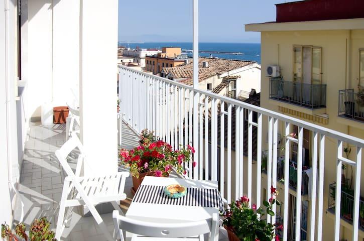 B&B Salerno In Alto Mare-Amalfitani