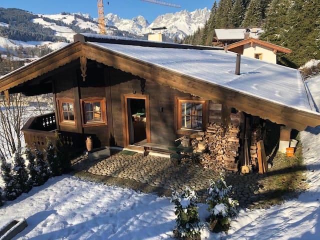 Urige Hütte in Kitzbühel ( Reith)