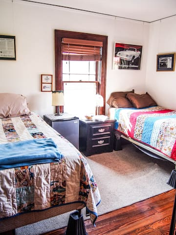 Seaton Room: No fuss, clean & unique!