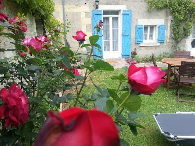 LE LOGIS DU MARINIER.  Entre Loire et canal