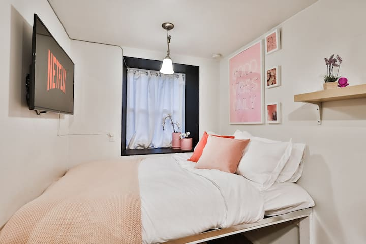 ❤️ Cute Apartment in downtown Montreal ❤️ !