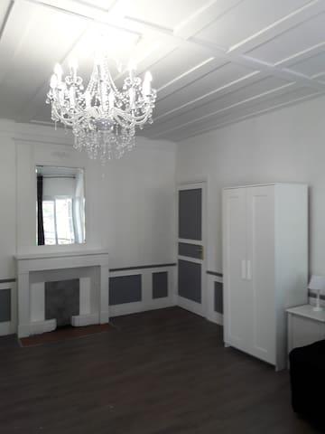 Appartement T3 (60 m2) Chambéry hyper-centre