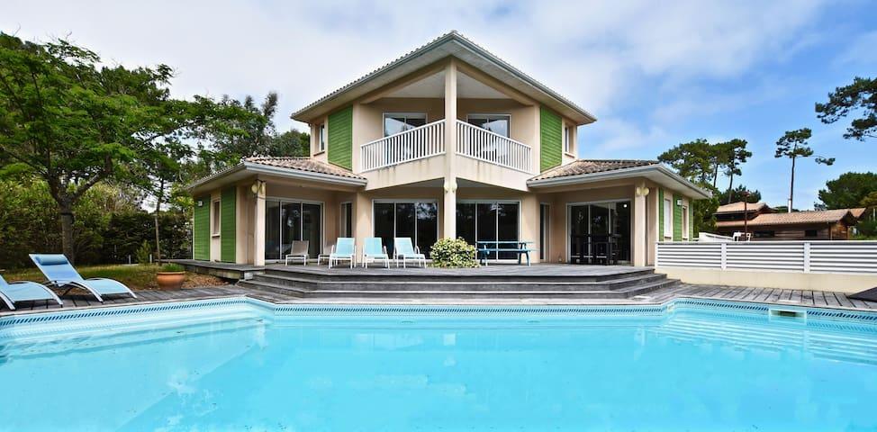 Villa 8-10 p -Pool 83°F - Fireplace, all mod cons
