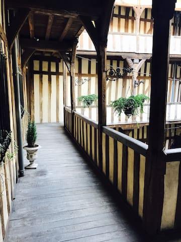 特鲁瓦的民宿