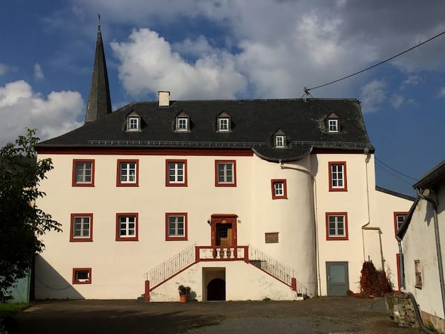Hersdorf的民宿