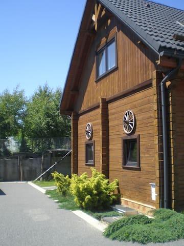 Wielka Wieś koło Krakowa的民宿