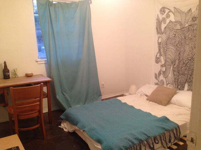 Eastside Zen Bedroom in a 2/1