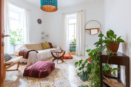 Beautiful, spacious apartment in downtown Valletta