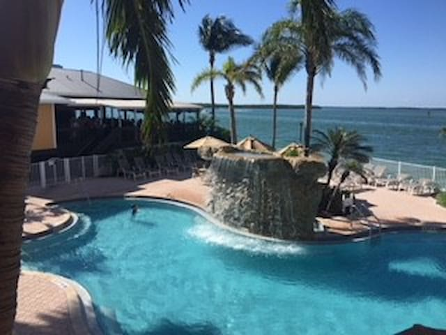 Ft Myers Beach & Lovers Key State Park- FANTASTIC!