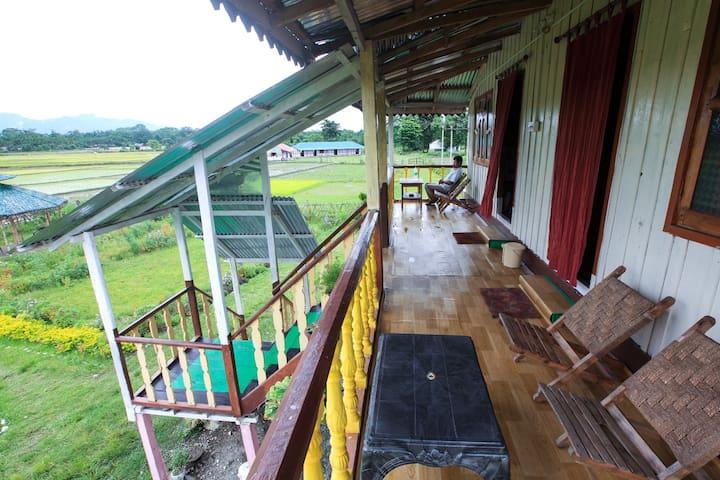 Rajabhat Khawa的民宿