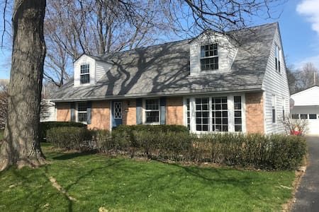 Beautifully Updated Glendale Home!