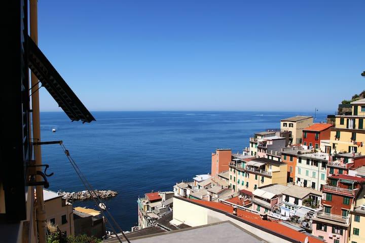 Beautiful view 'La casa del Marinaio' 011024LT0159