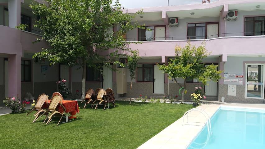 Pamukkale Belediyesi的民宿