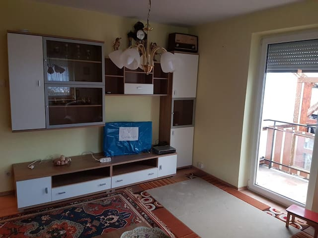 Gepflegtes  3 Zimmer  Wohnung  Küche  Bad