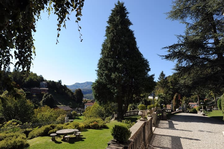 Cassano Valcuvia的民宿