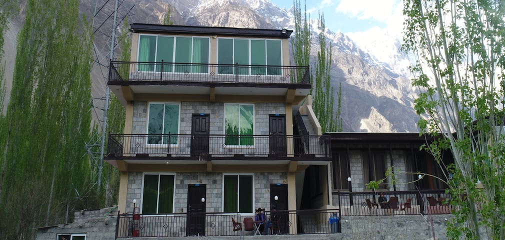 Col Ikram (Shaheed) Lodge