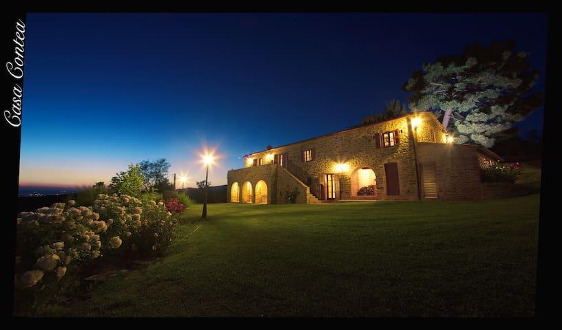 Cortoreggio的民宿