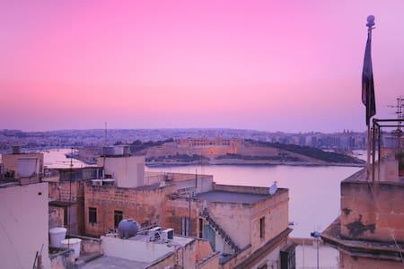 Valletta Townhouse