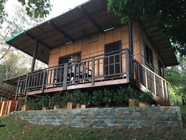 Bagac Bataan的民宿