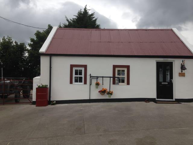 'Uncle Owenie's Cottage', Creggan