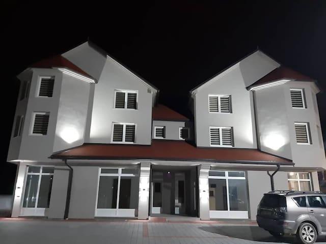 Banja Koviljača的民宿