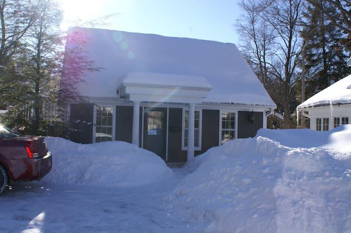 Guest house near Lambeau field