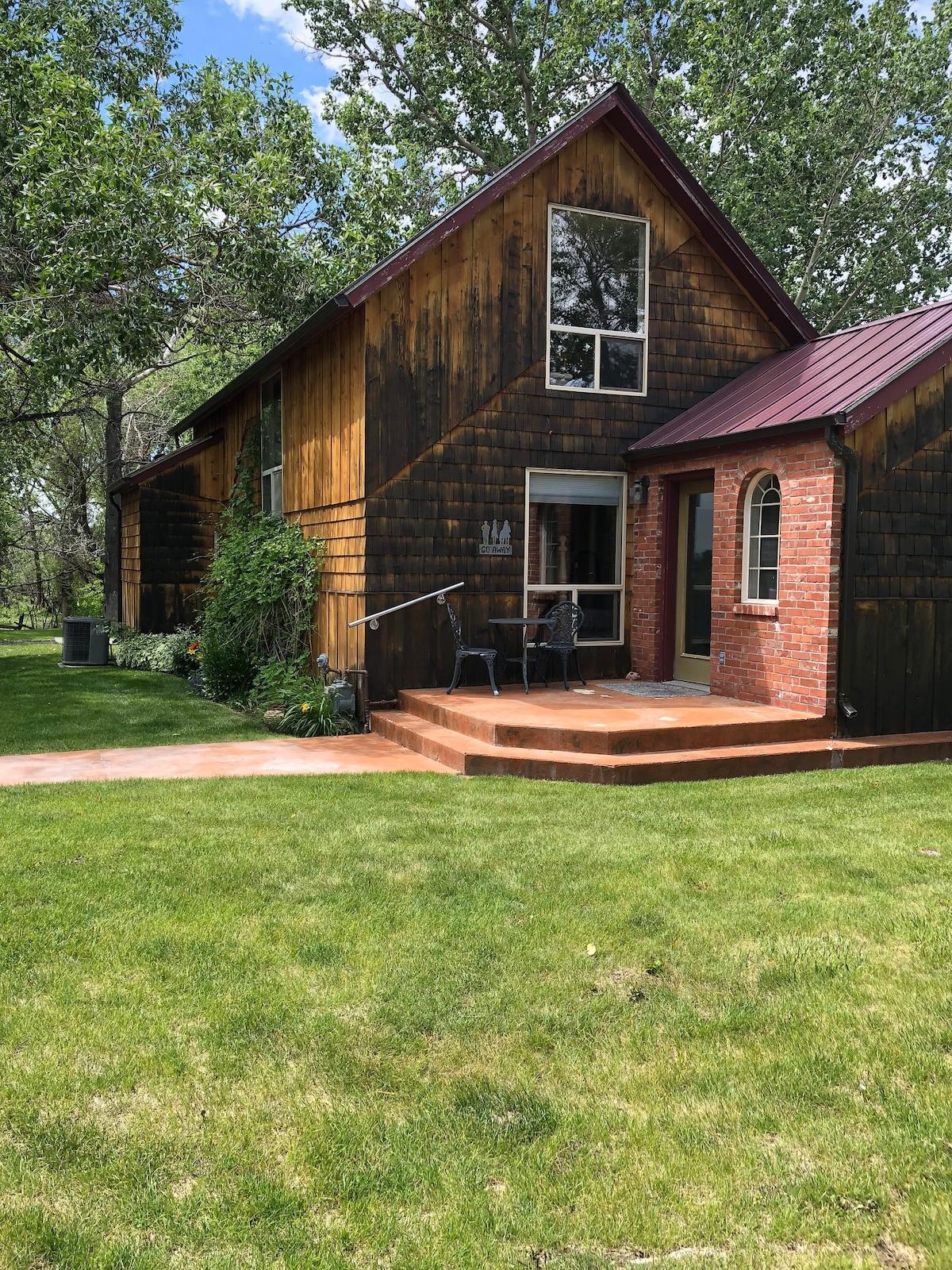 Choteau Cottage