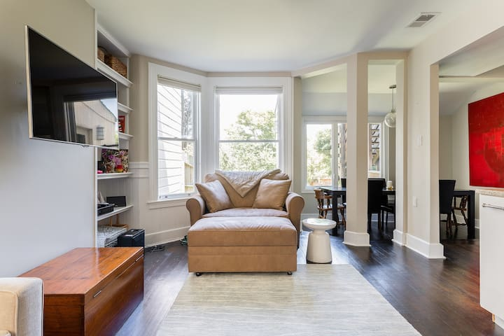 Cute one bedroom in Cole Valley!