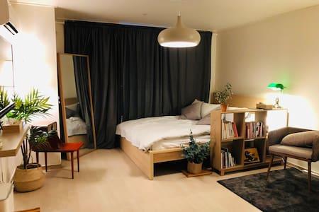 [Gangnam St. 5min] Ray's modern and cozy flat #3