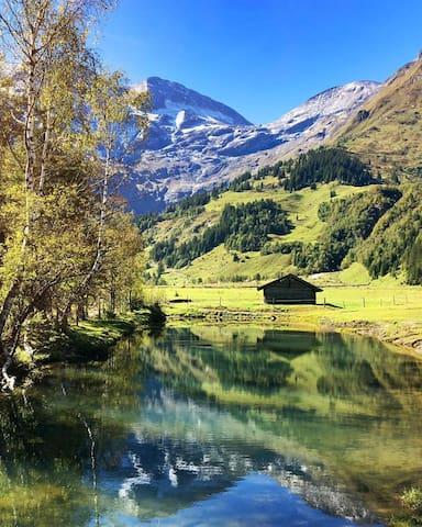 Our guidebook - Let your Austrian alpine adventure begin!