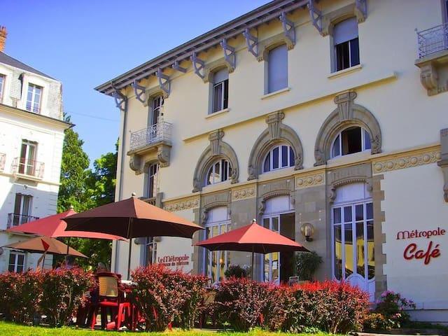 Luxeuil-les-Bains的民宿
