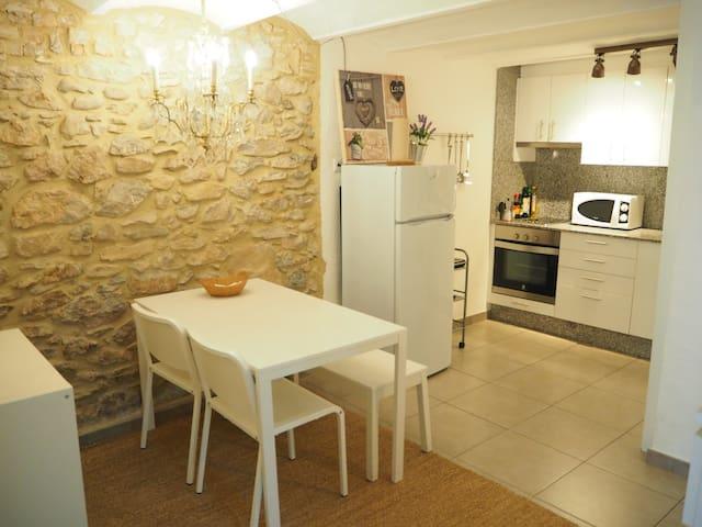 Old Side Girona, Costa Brava
