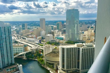 44 Floor @ ICON - Miami Brickell +GYM+SPA+POOL