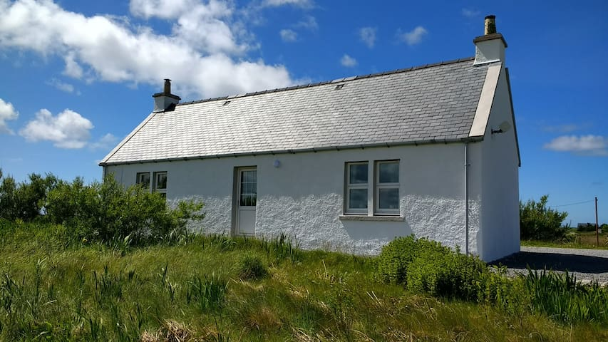Eight Askernish, South Uist