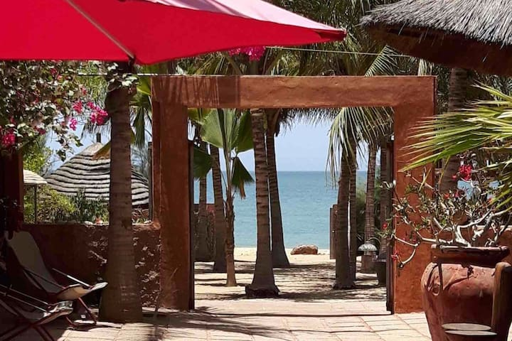 Haven of peace with direct access to the beach !