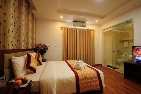 Huynh Star Studio