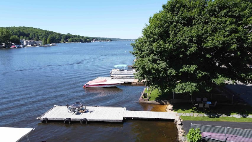 Modern, Freshly Renovated Lake Hopatcong Lakehouse