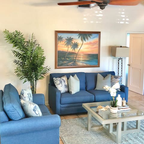 Charming Island-Style Villa On Paradise Island