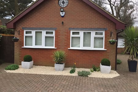 Executive Self Contained Annexe in Chiltern Hills