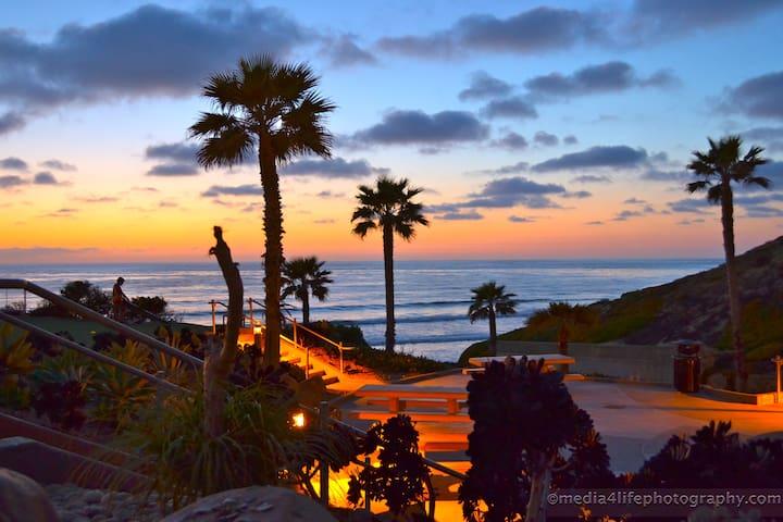 Solana SkyBluff condo in Beautiful Solana Beach.