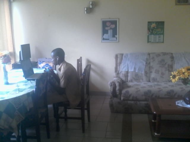 Yamoussoukro的民宿