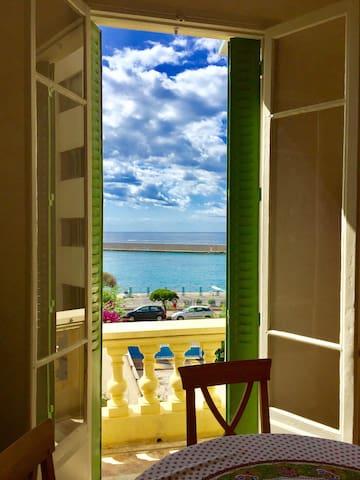Villa Claudia  Ocean view Nice Port Franck Pilatte
